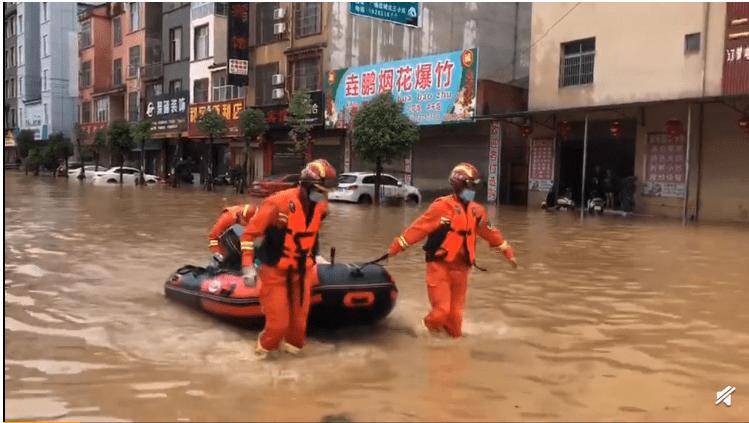 8省52条河流发生超警戒水位以上洪水,广西田林暴雨引发泥石流,如何应急?一图了解